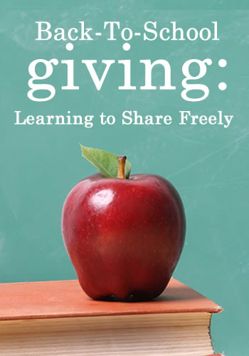 Back To School Giving: Learning to Share Freely | www.TheHeavyPurse.com